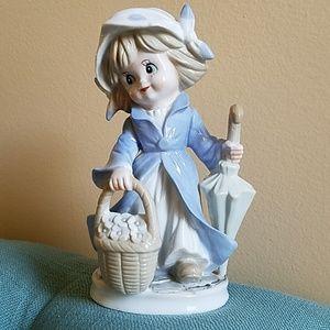 VINTAGE *Arnart* Sweetie with Umbrella Figurine